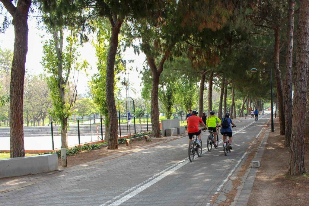 A cycling path in Spain that are only for cyclists and walkers, no cars allowed.